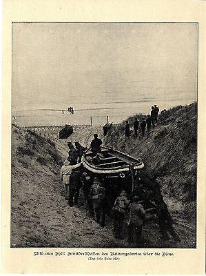 Bild aus Sylt: Hinüberschaffen des Rettungsbootes über die Düne 1902
