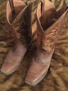 Justin's cow boy boots-men's size 10.5 London Ontario image 4