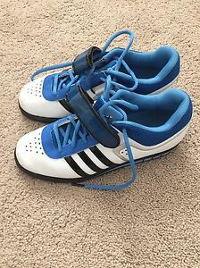 Men's size 6.5 (fit women's 8) Addidas Powerlift 2.0