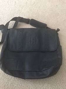 Buffalo Laptop messenger bag