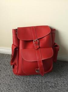 GRAFEA medium leather backpack Warabrook Newcastle Area Preview