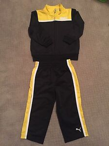 Baby boy clothes size 18m