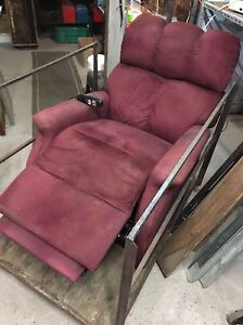 Lift recliner chair for special needs London Ontario image 1
