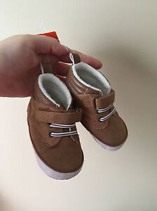 Size 4 Baby/toddler Joe Fresh shoes NWT