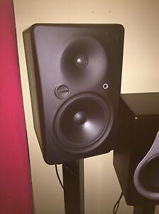 Speaker de studio amplifier mackie hr824mk2/maudio dsm2