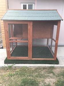 Rabbit/Guinea Pig/Chook Hutch Albany Creek Brisbane North East Preview