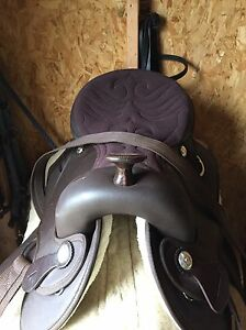 16 inch supra brown synthetic saddle London Ontario image 2