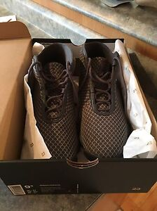 Jordan Horizon Basketball Sneakers 9.5