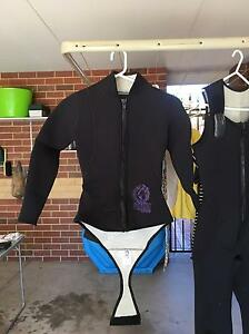 Ladies 3 piece wetsuit Mount Hawthorn Vincent Area Preview