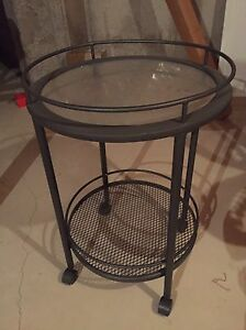 Patio table kijiji free classifieds in ontario find a for Outdoor furniture kijiji