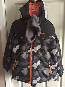 Brand new with tags boys size 10 osh Kosh snowsuit