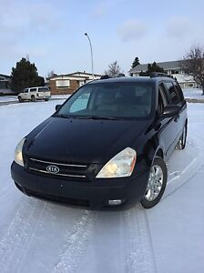 2006  Kia Sedona RUNS EXCELLENT