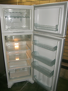 Will sell for $200 if picked up today. Whirlpool fridg freezer Morley Bayswater Area Preview