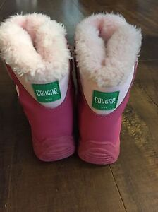 Infant size 5 winter boots Cornwall Ontario image 2