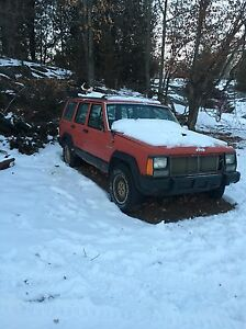 1992 Cherokee 6L (PART OUT)