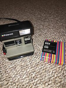 Polaroid spirit 600 instant camera
