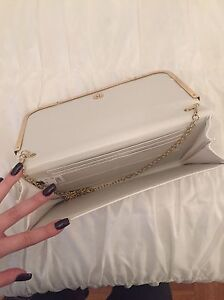 White Clutch and Jessica Simpson wallet  Windsor Region Ontario image 2