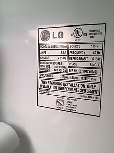 LG fridge  Stratford Kitchener Area image 4