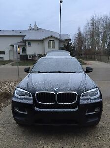 2014 BMW X6 with M SPORT PACKAGE