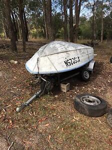 12 foot Stacer Tinnie & 9.9 hp Evinrude Clarence Town Dungog Area Preview