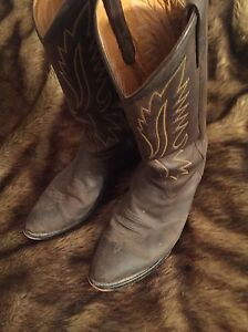 Old west cowboy boots-mens London Ontario image 1