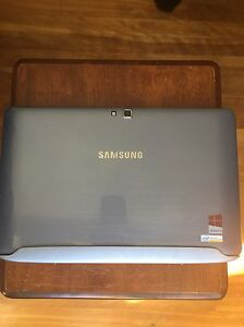 SAMSUNG ATIV SMART PC  West Island Greater Montréal image 2