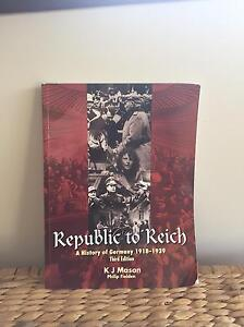 Republic To Reich: A History of Germany******1939 Bedfordale Armadale Area Preview