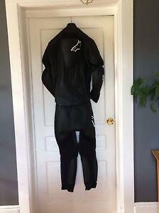 Bike suit Belleville Belleville Area image 1