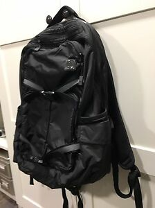 Black Lululemon Cruiser Backpack Edmonton Edmonton Area image 3