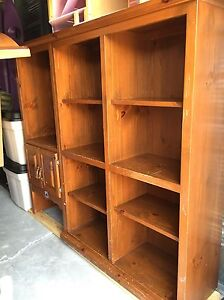 Book shelf/TV stand - reduced to sell Peterborough Peterborough Area image 3