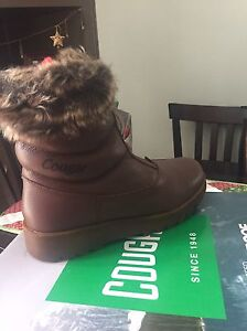 Cougar leather waterproof winter boots  sz9