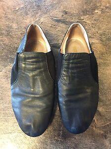 Bloch Size 5.5 Jazz Shoes Kingston Kingston Area image 1