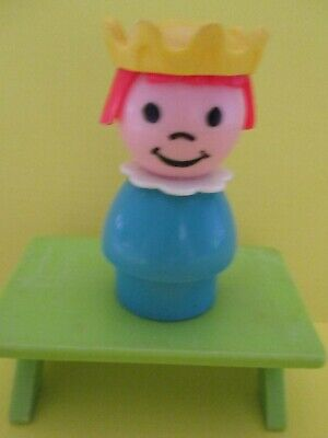 993 Fisher Price Little People Vintage  CLASSIC CASTLE  PLASTIC  BLUE PRINCESS