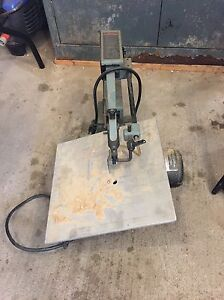 Scroll saw don't use a lot works great Kitchener / Waterloo Kitchener Area image 1