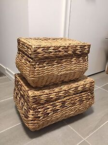 Wicker baskets x2