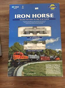 Iron Horse HO Model Set with Lots of Extras!