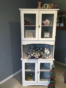 Solid wood white corner cabinet / hutch with barnwire