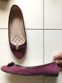 Flat shoes for sale