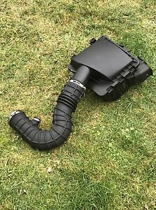 2005-2009 Ford Mustang Factory Cold Air Intake