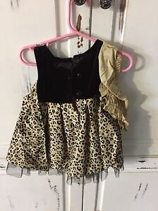 2 size 12 month dresses Cornwall Ontario image 2