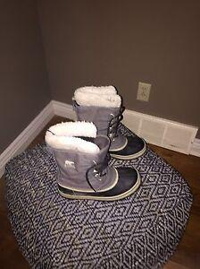 Sorel winter boots London Ontario image 1