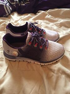 Rebook runners great condition Kingston Kingston Area image 1