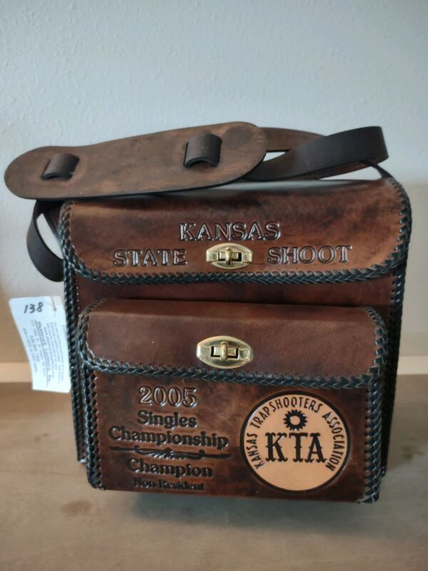 leather shooting bag large shamrock w/ front pouch