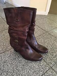 Leather Winter Boots Birkdale Redland Area Preview