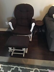Glider/Rocking Chair and Ottoman