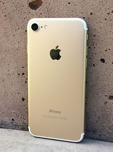 $775 THIS WEEK ONLY Gold 32gig iPhone 7 Bell/Virgin