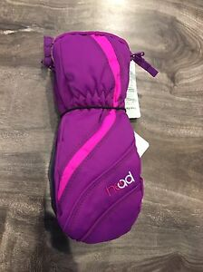 NWT size xs (age 3-4) head mitts
