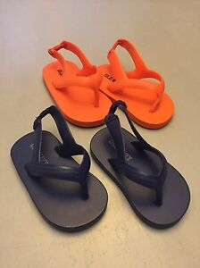 Infant - old navy flip flops