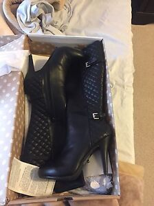 Nice boots for sale Edmonton Edmonton Area image 1