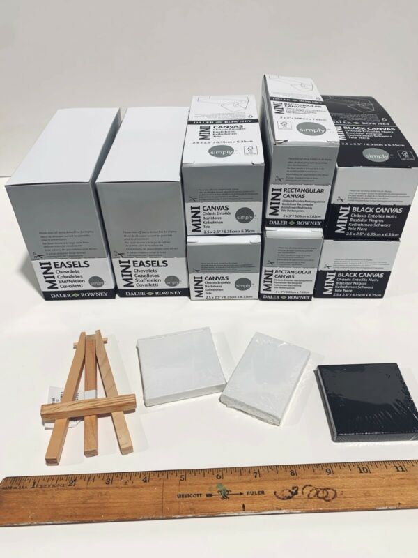 Mini Canvas and Easel set includes 96 assorted mini canvases and 20 Mini easels